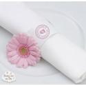 """Exemple rond de serviette avec l'autocollant """"fait avec amour"""""""